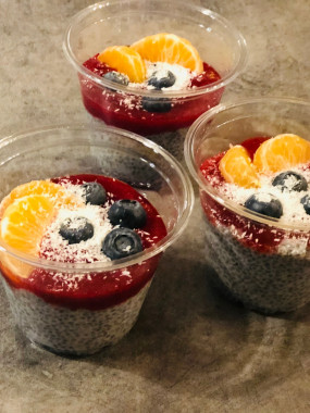 Pudding de chia, fraise - coco